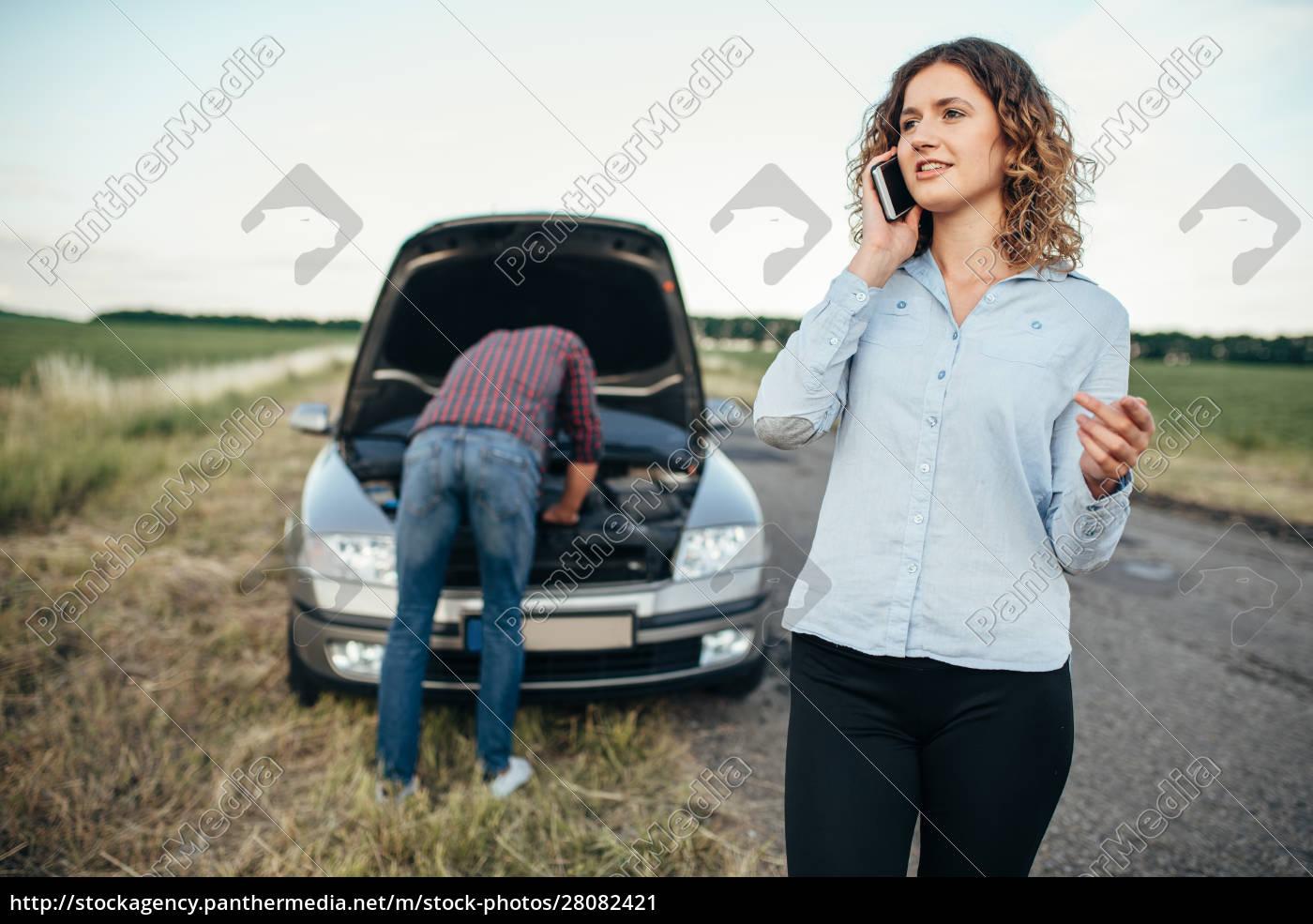 woman, calls, to, service, , man, repair - 28082421