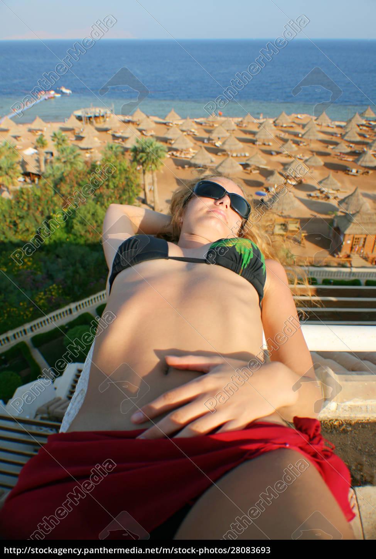 bikini, woman - 28083693