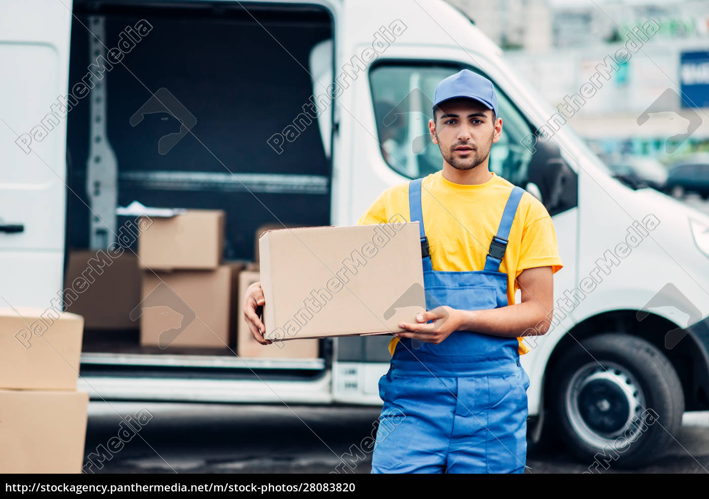 cargo, delivery, service, , male, courier, unload - 28083820