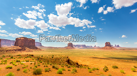 desert, , red, sandstone, mountains, cloudy, sky - 28083562
