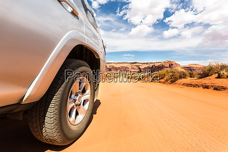 truck, in, desert, with, mountains, on - 28083588