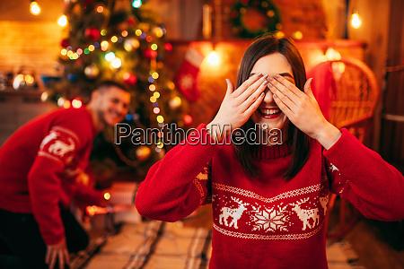 xmas, celebration, , husband, makes, surprise, to - 28083941