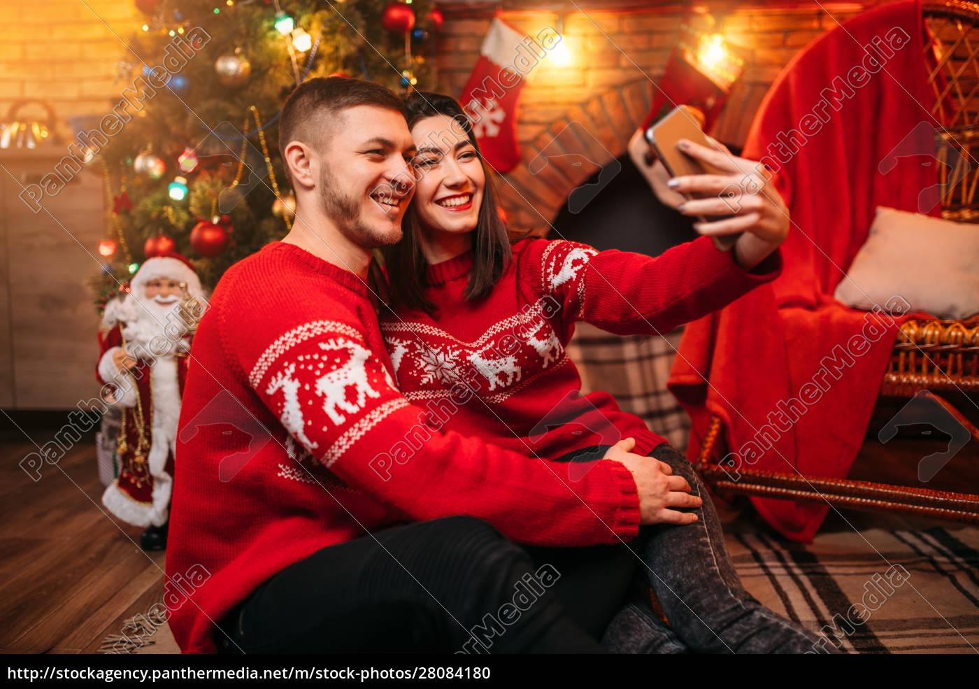 love, couple, makes, selfie, , xmas, celebration - 28084180