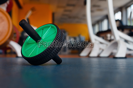 ab roller on the floor
