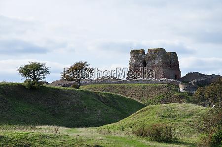 castle ruin kalo
