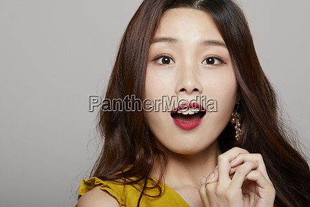 female portrait series color back expression