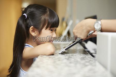 elementary school student tablet