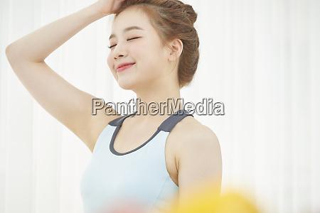 female lifestyle healthy