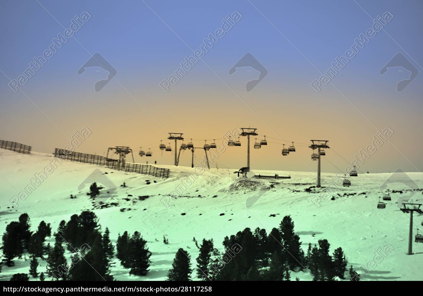 skiing, insouthern, tyrol - 28117258
