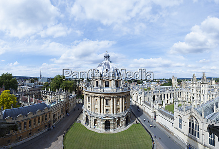 elevated view of radcliffe camera