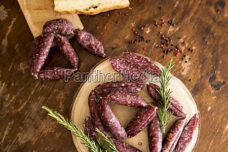 strings of sausages rosemary peppercorn