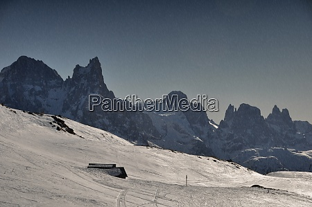 skiing insouthern tyrol