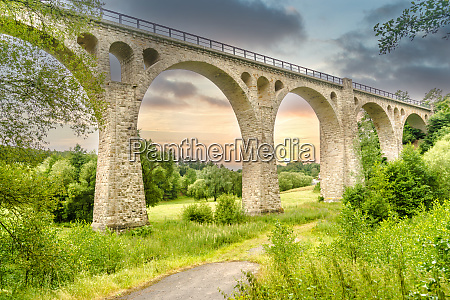 viaduct bike path