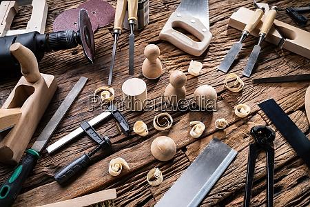 finished wooden objects and various carpenter