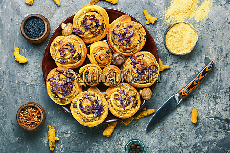 turmeric buns with vegetable filling