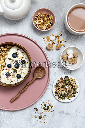 bowl of muesli and blueberries on