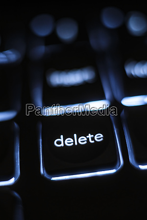 illuminated delete key on keyboard