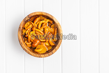 pickled mushrooms marinated mushrooms