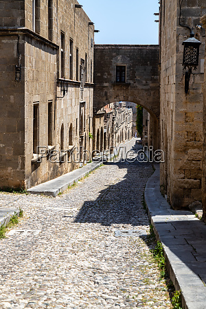 knights street in the old town