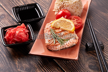 grilled, salmon, with, rice - 28174948