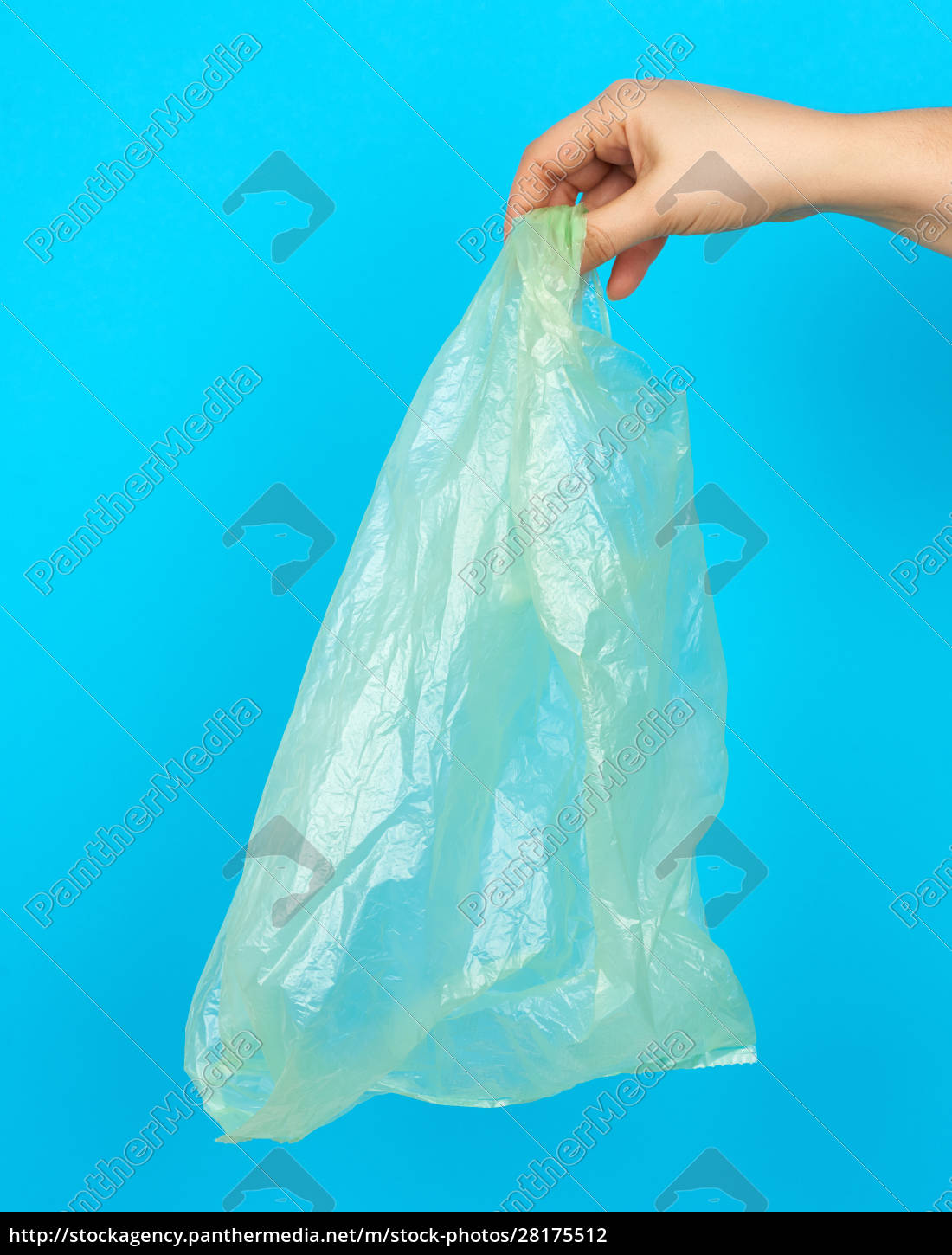 hand, holds, an, empty, green, plastic - 28175512