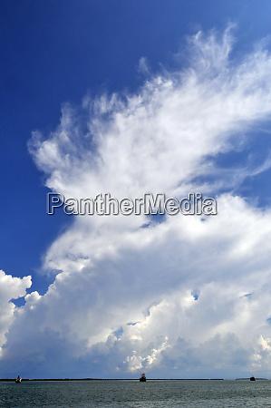 ocean sky und clouds in cebu