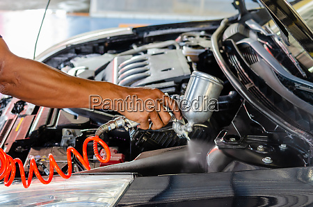 spray varnish engine