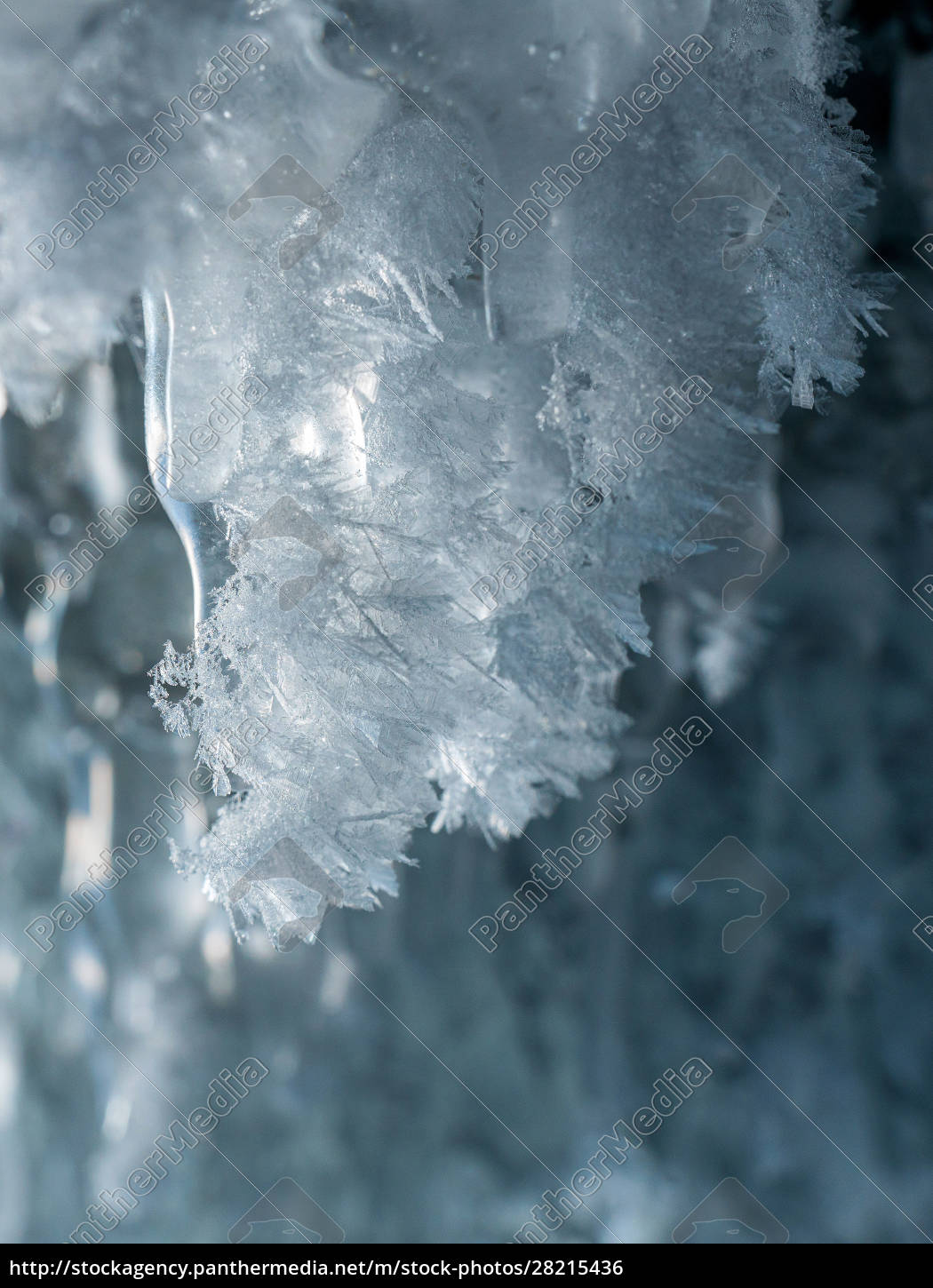 beautiful, sparkling, ice, crystals, on, the - 28215436
