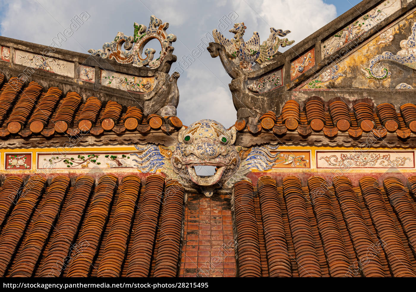 the, imperial, palace, of, hue, in - 28215495