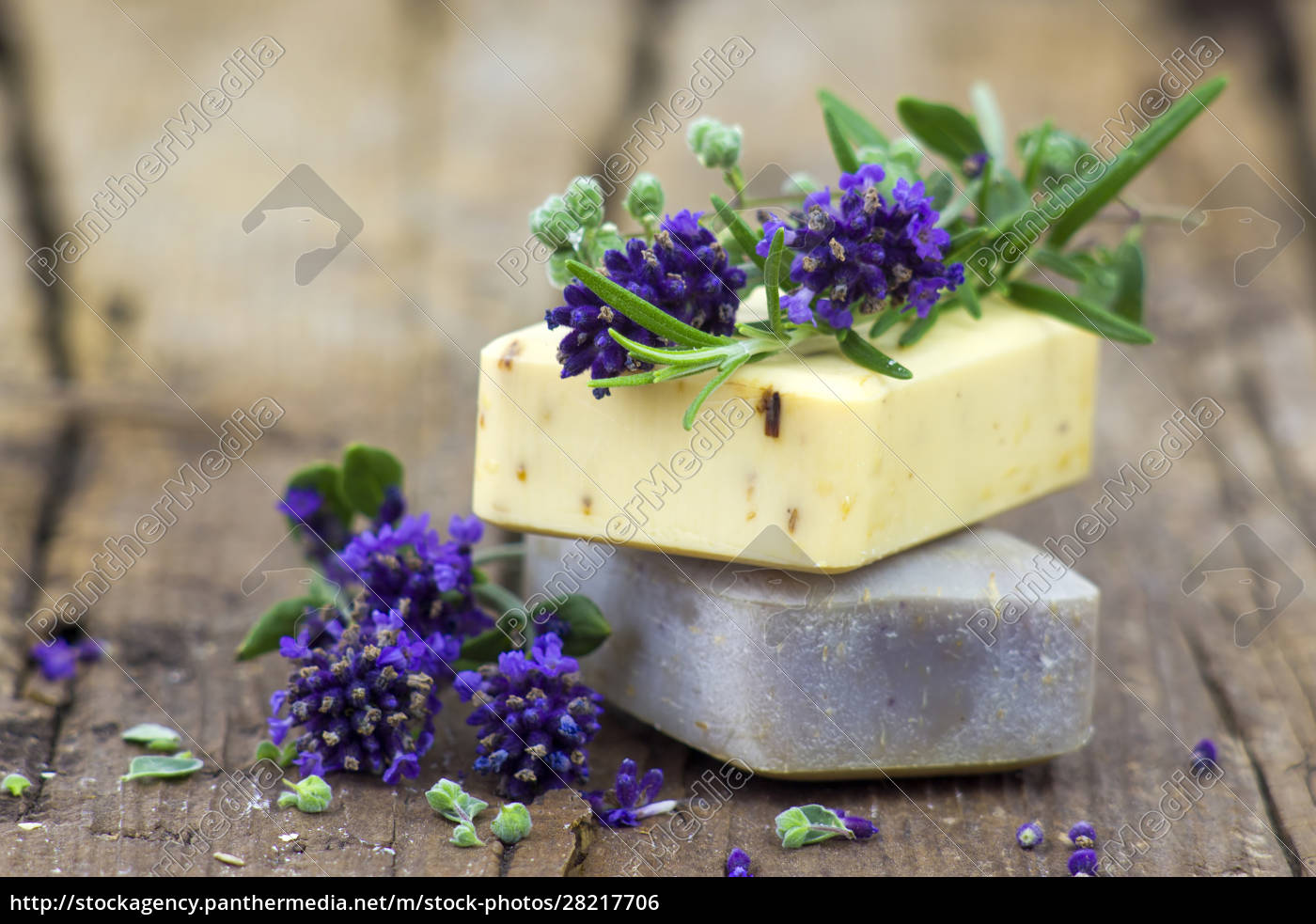 bars, of, natural, soap, and, lavender - 28217706