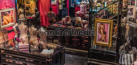interior of victorias secret store