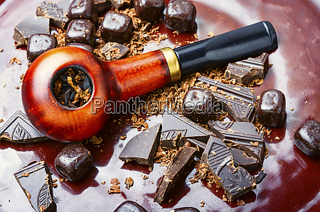 chocolate flavored tobacco pipe