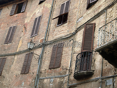 siena the medieval climate and