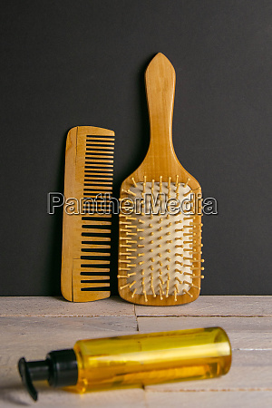 hair gel and comb for haircut