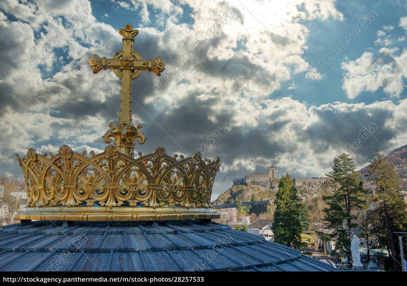 golden, cross, and, crown, in, lourdes, - 28257533