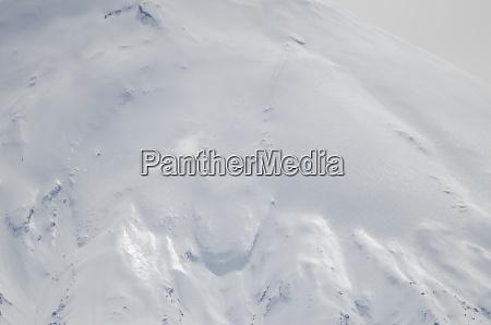 slope, of, parinacota, volcano, in, lauca - 28257955