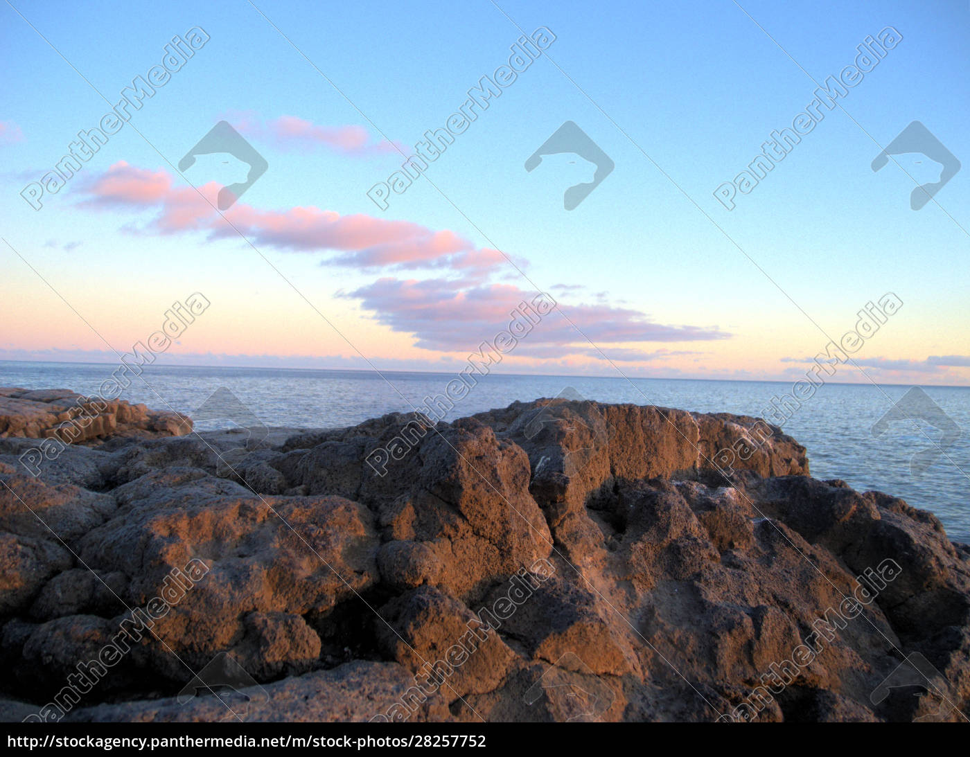 sunset, over, calm, caribbean, waters, in - 28257752