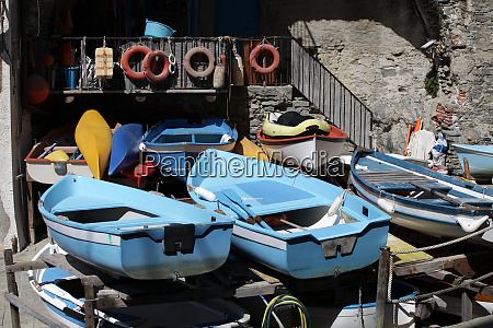 the, fishing, boats, in, cinque, terre - 28257983