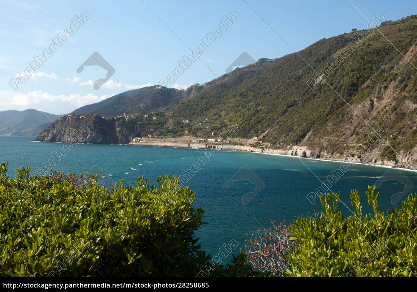 cinque, terre-coast, between, manarola, and, corniglia - 28258685