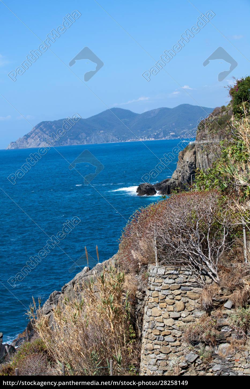 cliffs, in, riomaggiore., , cinque, terre, - 28258149