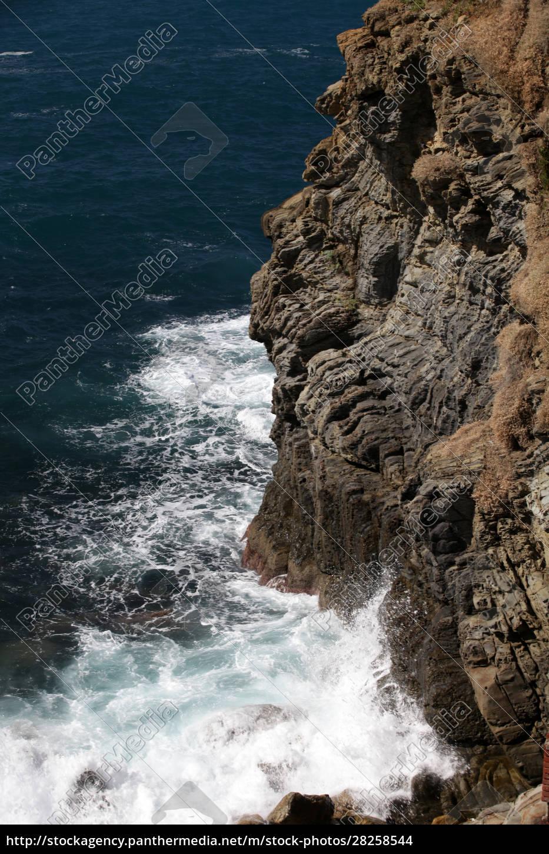 cliffs, in, riomaggiore., , cinque, terre, - 28258544