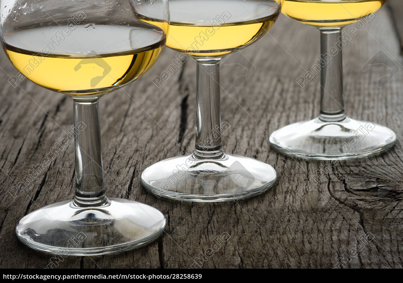 close-up, glasses, with, single, malt, whisky - 28258639