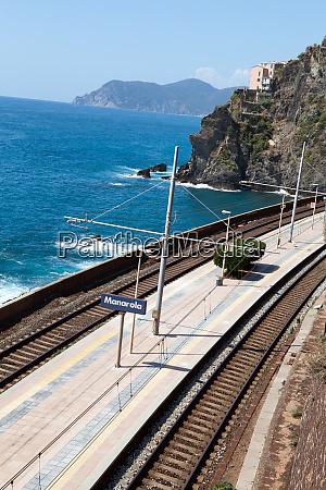 railway, station, of, manarola, in, cinque - 28258255