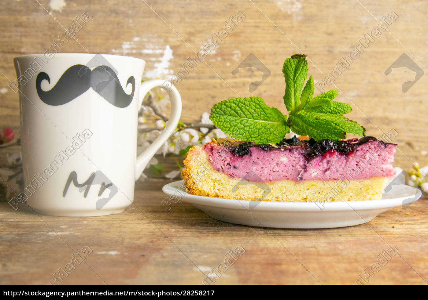 slices, of, blueberry, mousse, cake, with - 28258217
