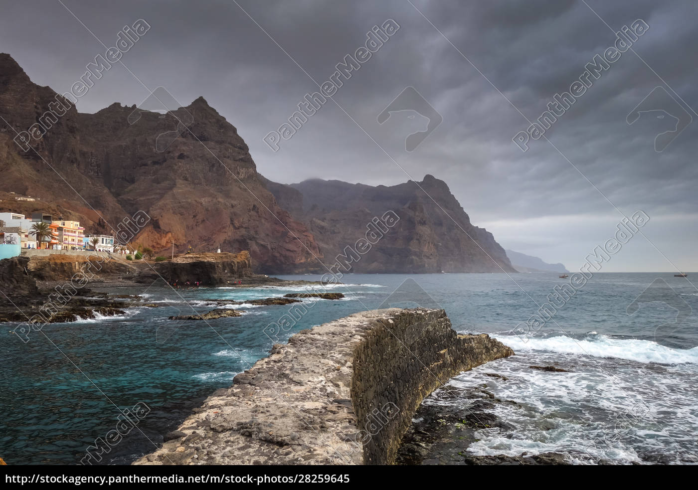 cliffs, and, ocean, view, in, ponta - 28259645
