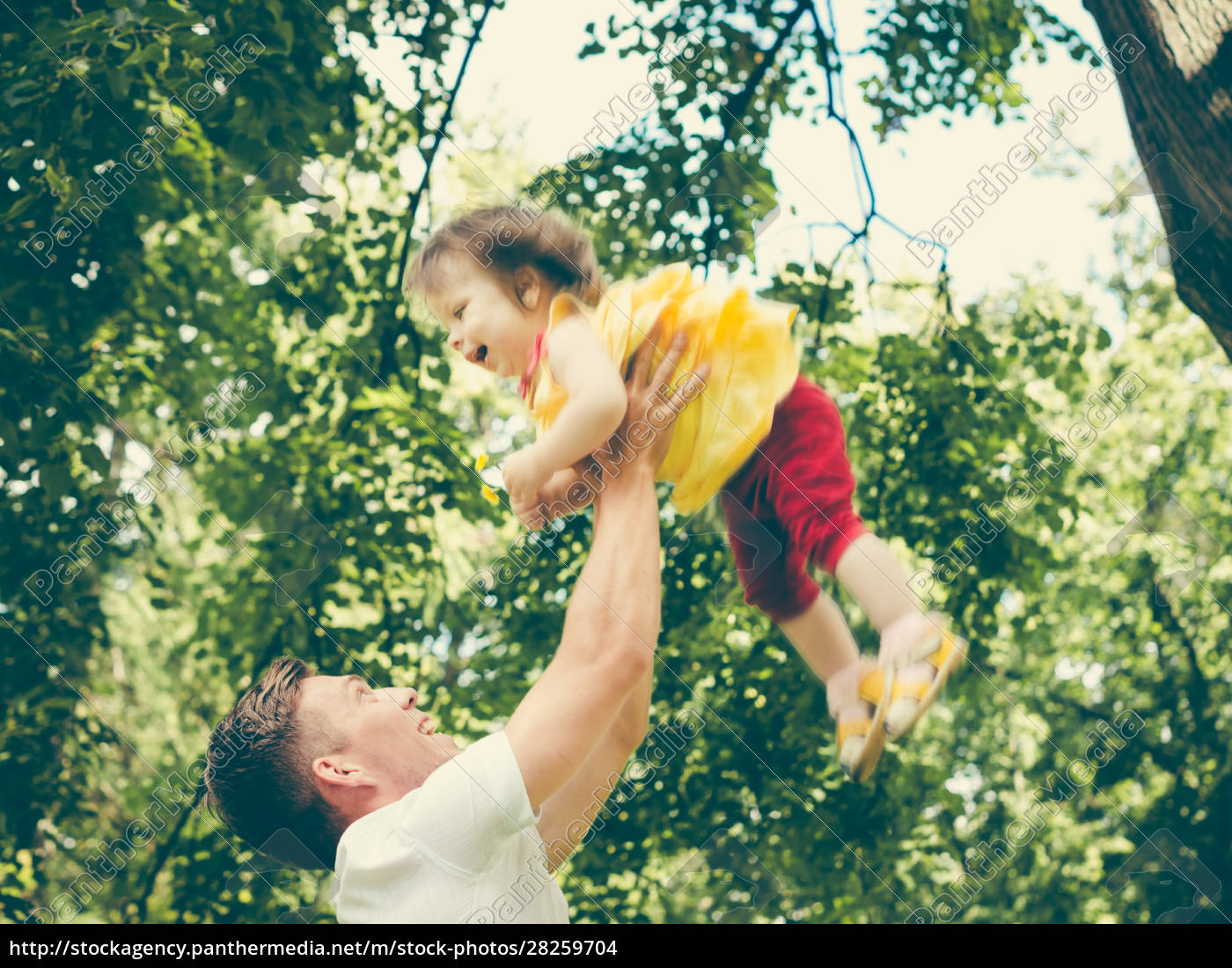 father, throws, up, his, little, girl - 28259704