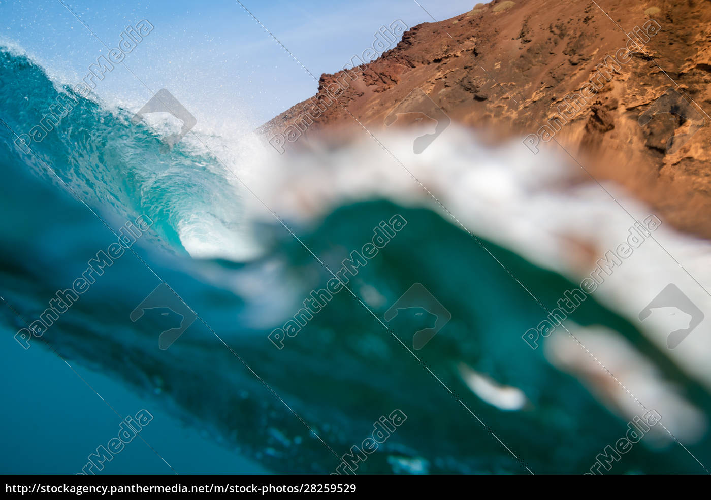 perfect, wave, in, the, atlantic, ocean, - 28259529