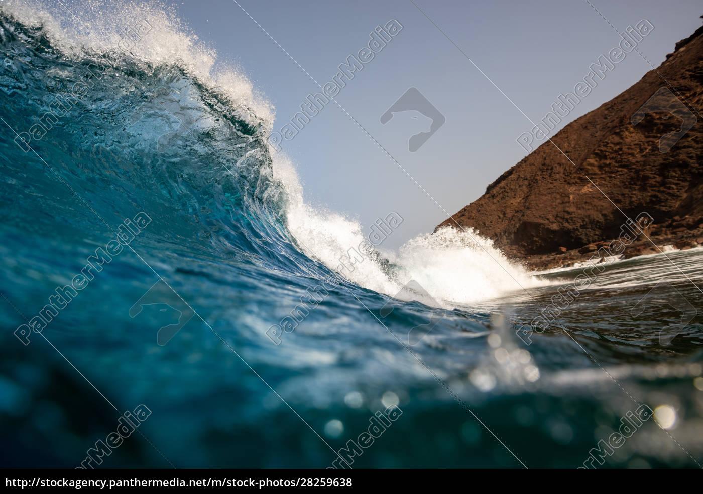 perfect, wave, in, the, atlantic, ocean, - 28259638