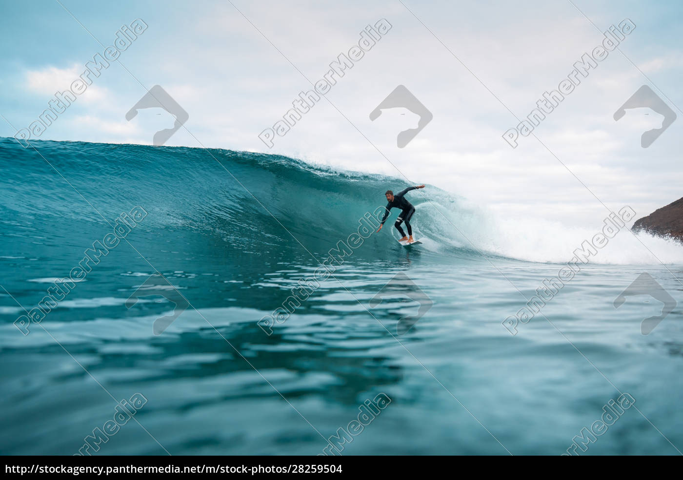 surfer, riding, waves, on, the, island - 28259504