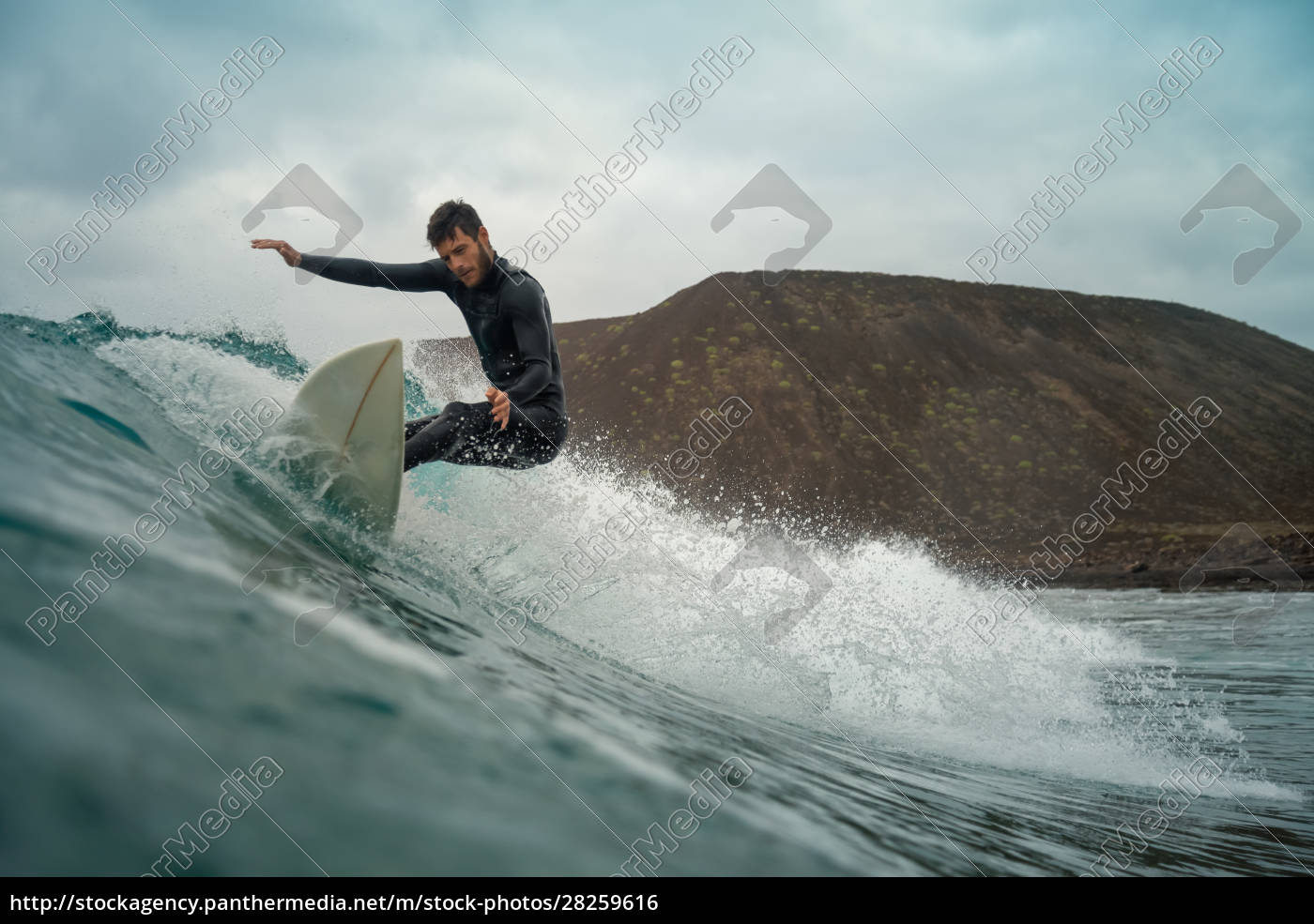 surfer, riding, waves, on, the, island - 28259616
